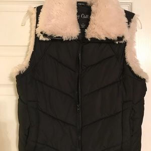 Vest with fur lining